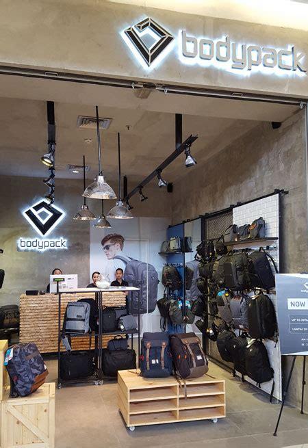 Sepatu Wakai Summarecon pusatnya makanan enak toko baju salon promo dan diskon