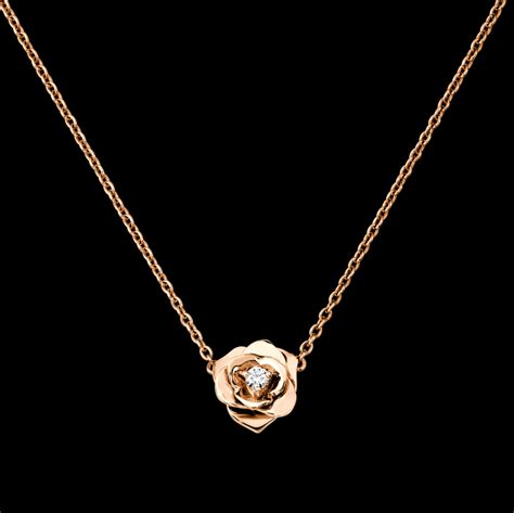 gold pendant g33u0081 piaget luxury jewelry