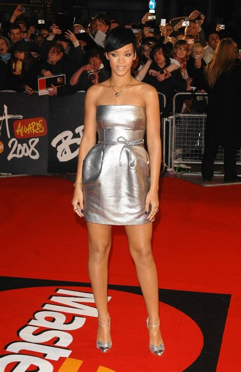 Brit Awards 2008 Carpet by 16 Unforgettable Brits Carpet Looks