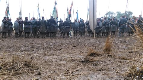 Kaos Anime One Flag Robin Bts Awesome Pic Shows A Northern Host Assembled For Battle