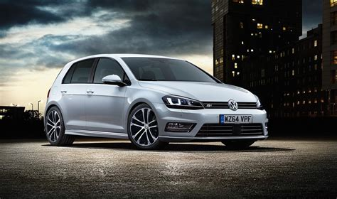 volkswagen r line volkswagen golf r line launched in britain with 1 4 tsi