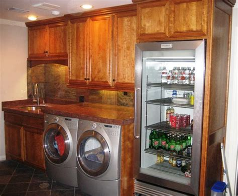 Freezer In Garage Winter by 1000 Ideas About Fridge On Wine Coolers