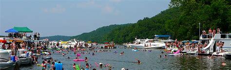 house boat rental lake of the ozarks lake of the ozarks houseboat rentals boat rentals