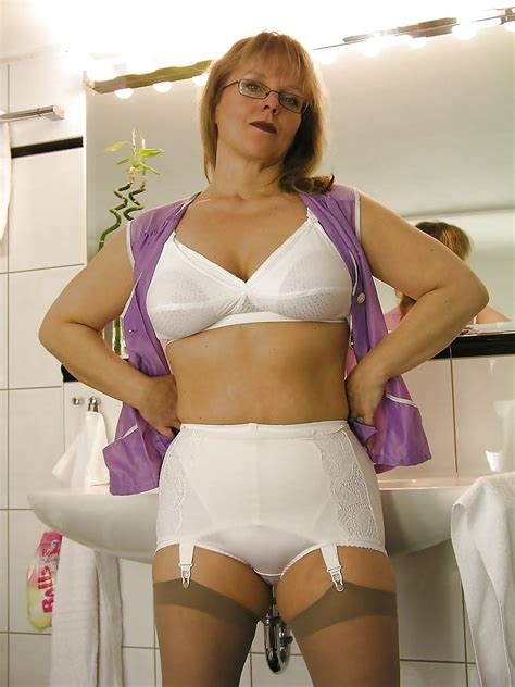 girdle and nylons dirty mature ladies in girdles