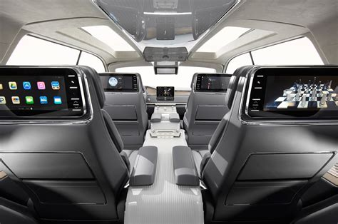 lincoln jeep 2016 2018 lincoln navigator previewed with dramatic new york