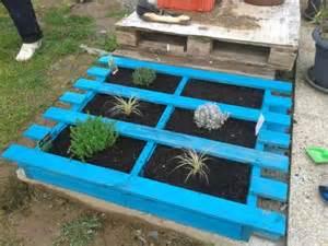 Bed Support Slats 5 Diy Garden Ideas For Wood Pallets The Garden Glove