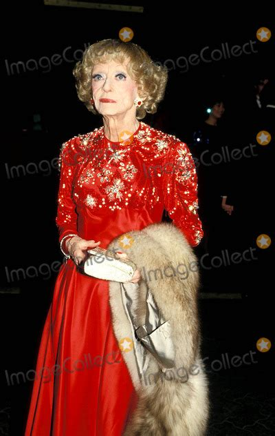 bette davis live photos and pictures bette davis photo betty mickelson