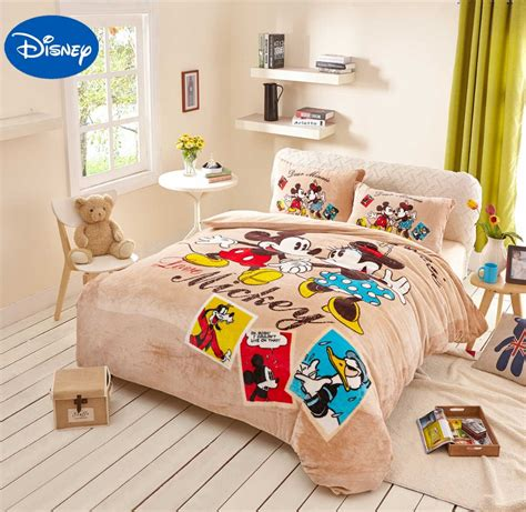 Mickey Minnie Mouse Donald Duck Goofy Flannel Quilts Mickey And Minnie Mouse Bedding