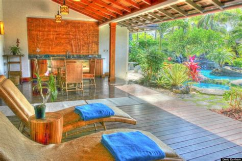 obama hawaii vacation house obama s hawaii vacation home and the luxury rentals of