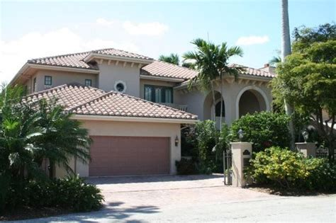 Two Story Florida House Plans by Mediterranean This Beautiful Two Story Florida