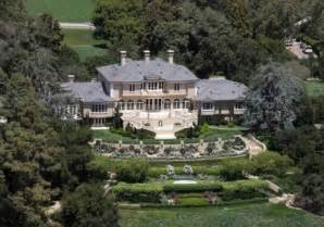Homes of the billionaires