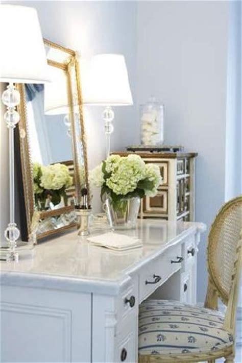 Gold Bedroom Vanity by Gold Vanity Mirror Design Decor Photos Pictures
