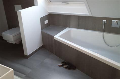 Badezimmer Fliesen Richtig Reinigen by Fliesen Sauber Machen Alte Badewanne Sauber Machen 28