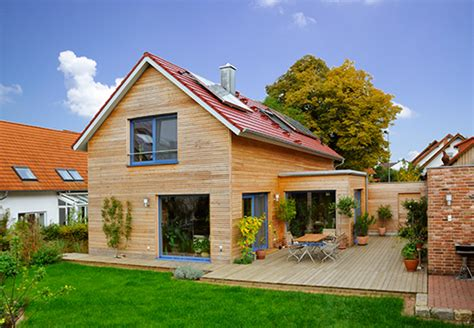 Holz Und Stein Haus Pläne by Die Vorteile Holz Im Hausbau