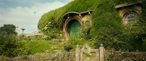 hobbit hole 8 fictional homes you wish were real ottawa general