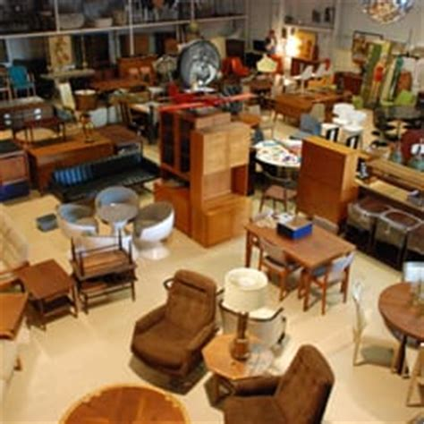 Furniture Store In Philadelphia by Mid Century Furniture Warehouse Antiques 1701 N 2nd St