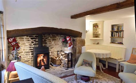 Cosy Corner Cottages by Cotswold Rooms Cosy Corner Cottage Sitting Room 2 Cotswold Rooms