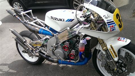 Suzuki Rgv500 Custom Bike Build Suzuki Rgv500 Bemoto
