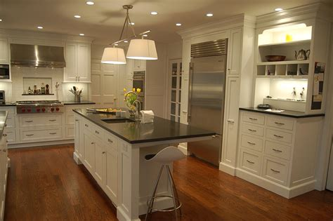 Style Of Kitchen Design Stylish Gray Traditional Kitchen Interior Design Traditional Kitchen Design Square Shape White