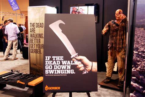 walking dead gerber kit zombtac tactical gerber apocalypse kit machetes