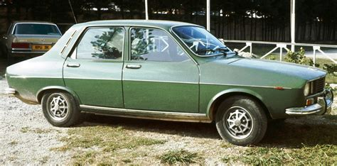 renault green file renault 12 in green 1972 jpg wikimedia commons