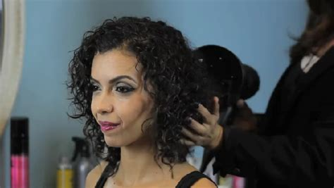 how to wear curly hair over 55 video how to wear highly textured curly hair down ehow