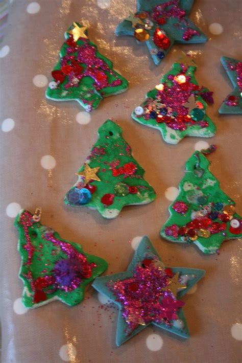 salt dough christmas ornaments mostlytoddlergroupideas