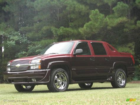 southern comfort avalanche 2004 sport red metallic chevrolet avalanche southern