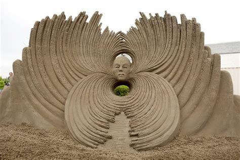 amazing sculptures amazing sand sculptures wonderful