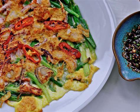 korean seafood pancakes hamool pajeon