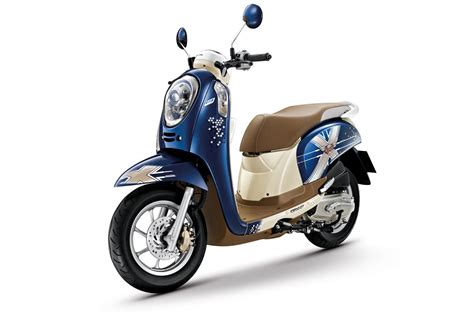 Honda Scoopy Pgm Fi Tahun 2013 tmcblog 187 honda thailand rilis honda scoopy fi club