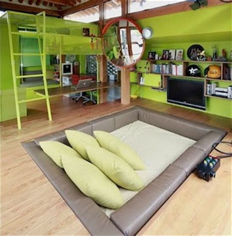 sunken bed omg i now want a sunken bed decoration extravaganza
