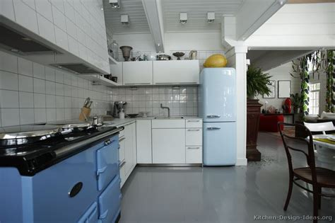 retro modern kitchen retro kitchen designs pictures and ideas