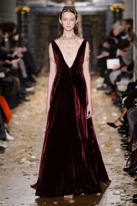 15 At Couture by Valentino At Couture 2016 Livingly