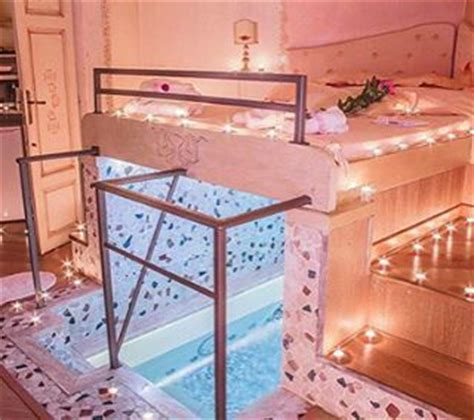 swimming pool in bedroom wtf absolute bedroom goals is that a swimming pool