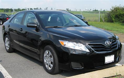 books on how cars work 2009 toyota camry security system file 2010 toyota camry 2 08 25 2009 jpg wikimedia commons
