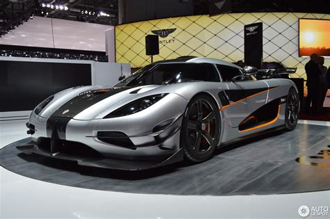 koenigsegg one 1 blue geneva 2014 koenigsegg one 1