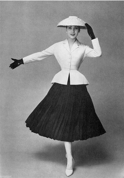 11 best La moda en años difíciles (1940-1949) images on