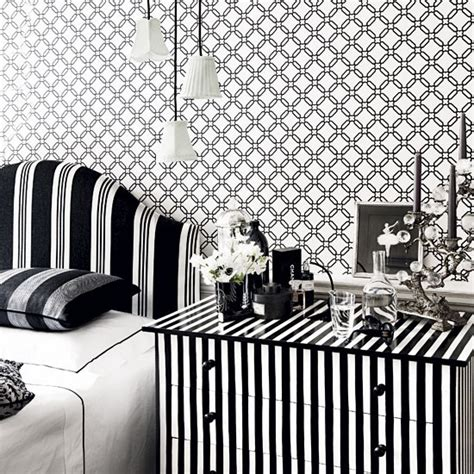 black and white wallpaper bedroom add trelliswork wallpaper in monochrome how to decorate