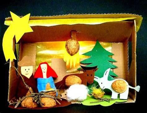 basteln mit kindergartenkindern advent weihnachtskrippen krippe aus nussschalen heiligabend