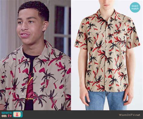 marcus scribner on wendy williams wornontv junior s palm tree printed shirt on black ish