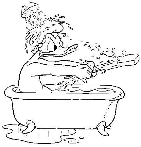 badewanne comic donald duck in der badewanne ausmalbild malvorlage in