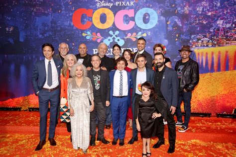 film coco seru 7 alasan kenapa kamu harus nonton film disney pixar