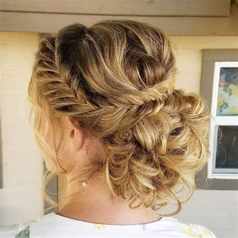 easy wedding hairstyles for bridesmaids 24 beautiful bridesmaid hairstyles for any wedding the