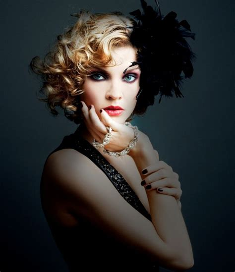 short 20s style curl 1920s hairstyles short hair roaring twenties pinterest