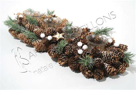 centrotavola natalizio con pigne e candele centrotavola rettangolare con 4 portacandele cm 48 feste