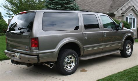 2003 ford excursion limited review