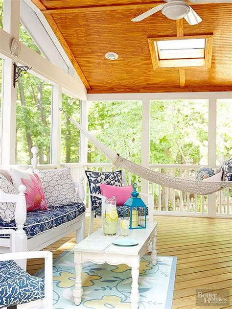 17 best ideas about screened porch furniture on screened porch decorating screen
