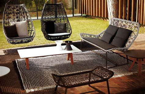 Table Balancoire by Kettal Maia Balan 231 Oire Egg Space Outdoor