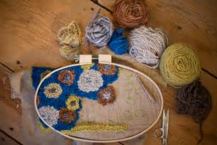 rug hooking yarn rug hooking with yarn rugs ideas